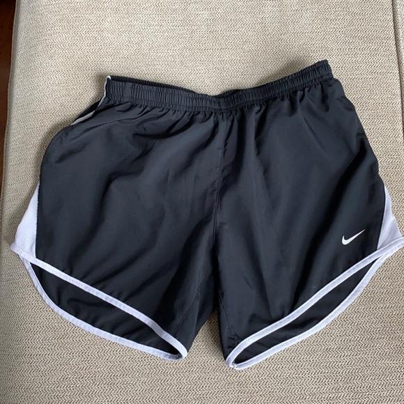 Nike shorts - black